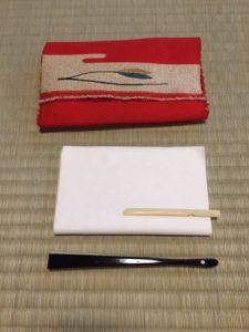 belongings for tea ceremony