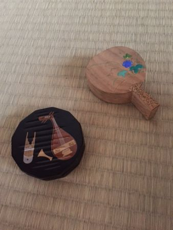 The incense and an incense box for tea ceremony.