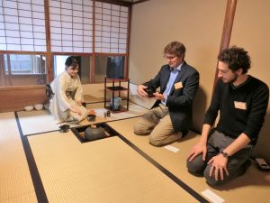 Genius tea ceremony
