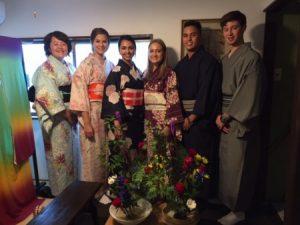 Kimono and ikebana experience